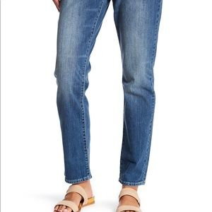Levi's relaxed straight 414